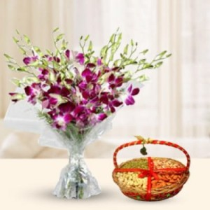Flowers and dry fruits